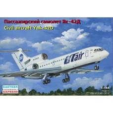 Eastern Express 1/144 Советский ближнемагистральный пассажирский самолет Як-42Д UTair/EMERCOM. № 14499