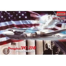 "Roden 1/144 Американский самолет Douglas VC-118 ""The Independence"". № 307"