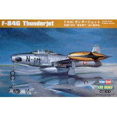 "Hobby Boss 1/32 Американский истребитель F-84G ""Thunderjet"". № 83208"