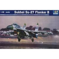 """Trumpeter 1/32 Советский истребитель Су-27 """"Flanker B"""". № 02224"""