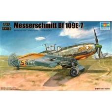 Trumpeter 1/32 Немецкий истребитель Messerschmitt Bf.109E-7. № 02291