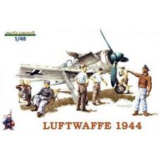 Eduard 1/48 Немецкие пилоты и авиа-техники Люфтваффе, 1944 год. № EDU_8512