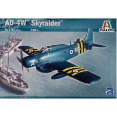 Italeri 1/48 Американский самолёт дальнего радиолокационного обнаружения Skyraider AD-4W. № ITA_2757