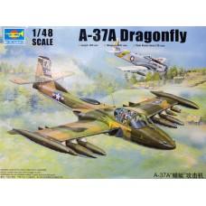Trumpeter 1/48 Американский лёгкий двухместный штурмовик Cessna A-37A Dragonfly. № TRU_02888