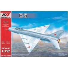 A&A Models 1/72 Советский предсерийный легкий фронтовой истребитель Е-5. № 7222