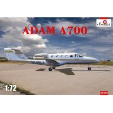 Amodel 1/72 Американский гражданский бизнес-самолёт Adam A700 AdamJet. № 72370