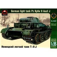 Ark models 1/35 Немецкий лёгкий танк PzKpfw II Ausf J. № 35007