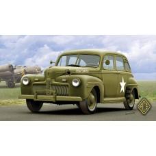 ACE 1/72 Американский легковой штабной автомобиль 1942 Ford Fordor. № 72298