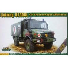 ACE 1:72 Немецкий медицинский фургон Mercedes-Benz Unimog U1 1300 4X4. № 72451