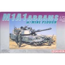 Dragon 1/72 Американский основной боевой танк M1A1 Abrams с противоминным плугом. № 7213