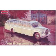 "Roden 1/72 Немецкий автобус Opel Blitz Ludewig ""Aero"" (1937). № 724"