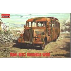 Roden 1/72 Немецкий автобус Opel Blitz omnibus W39, поздних выпусков. № 726