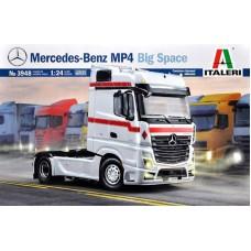 Italeri 1/24 Немецкий седельный тягач Mercedes-Benz MP4 Big Space. № 3948