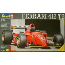 Revell 1/24 Автомобиль Ferrari 412 T2. № 07207