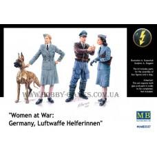 Master Box 1/35 Женщины на военной службе: Germany Luftwaffe Helferinnen. № MRB_3557
