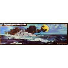 Trumpeter 1/200 Немецкий линкор «Bismarck». № 03702