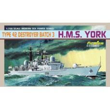 Dragon 1/700 Британский эскадренный миноносец HMS «York» 3-я серия, тип 42. № 7055
