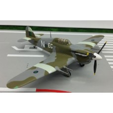 Easy Model 1/72 Hurricane MKII Trop India 1944. № 37270